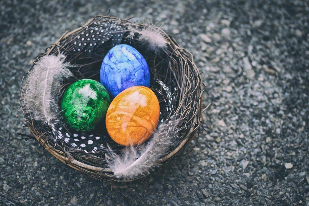 Tradiții și obiceiuri de Paștele Catolic. Ce fac cei care sărbatoresc Învierea pe 4 aprilie